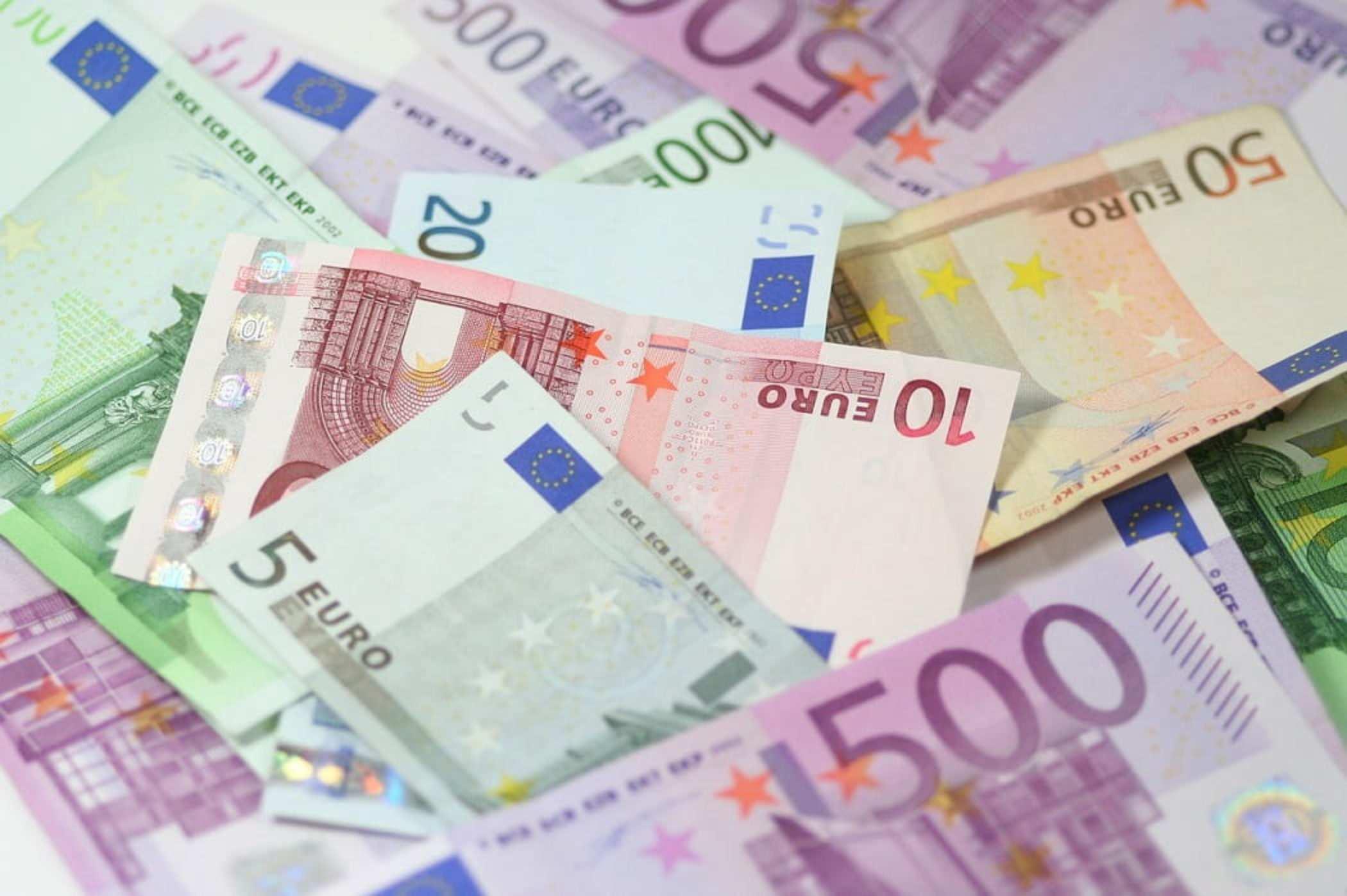 «русское лото» с подвохом. как у россиян крадут деньги в «фейковых» лотереях? | bankiros.ru