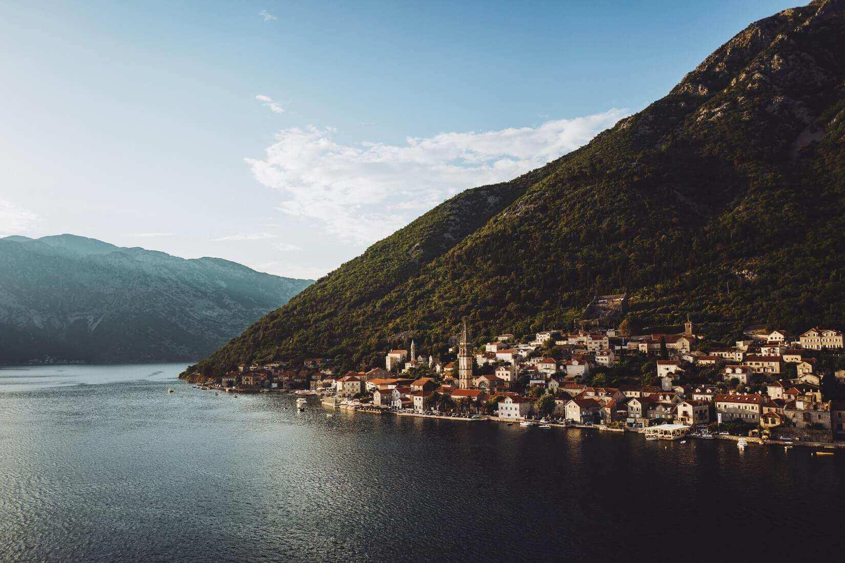 Как остаться жить в черногории: о внж и визаране