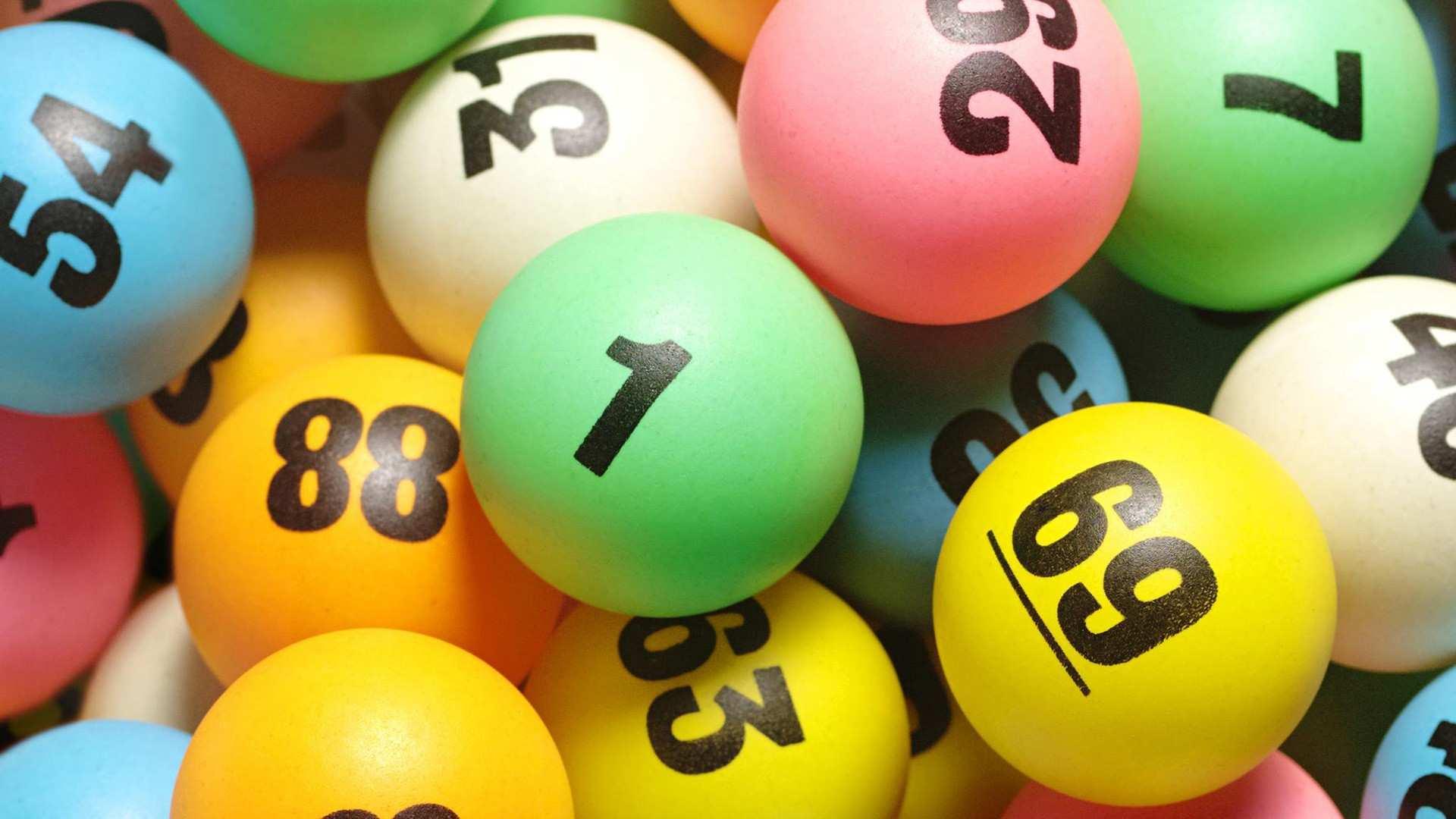 Topp 7 beste lotterier i Russland med gode premier - vurdering av lodd 2020