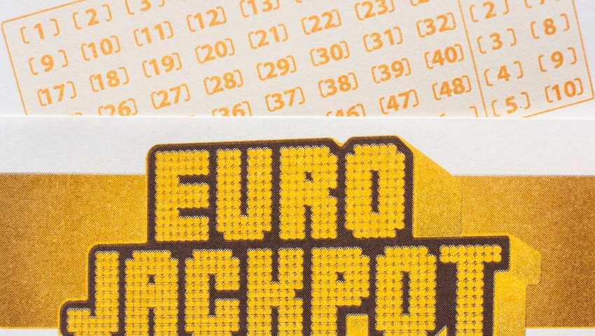 Eurojackpot perjantaina, 11.01.2019: nykyiset voittonumerot ja kertoimet
